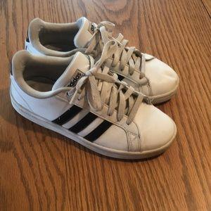Sz 7 Adidas shoes